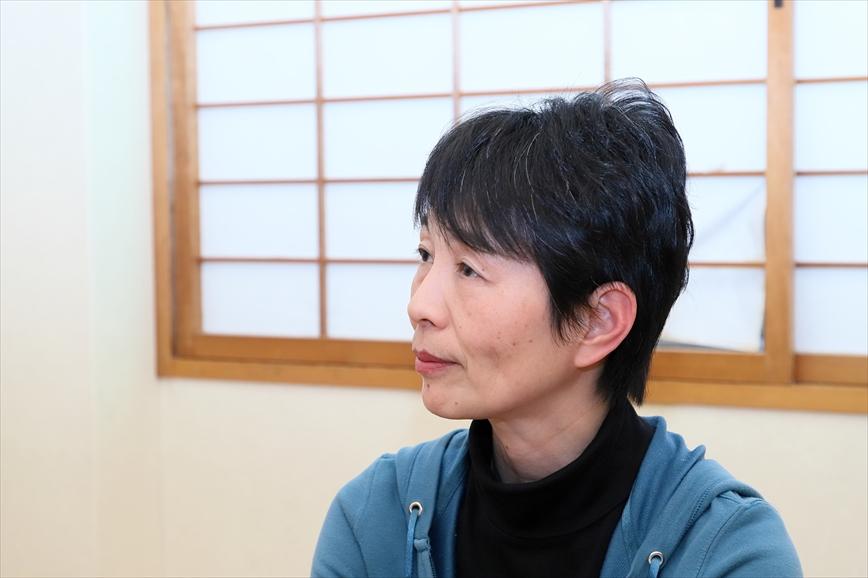 http://interviewer69.com/IMG_6490_R_R.JPG