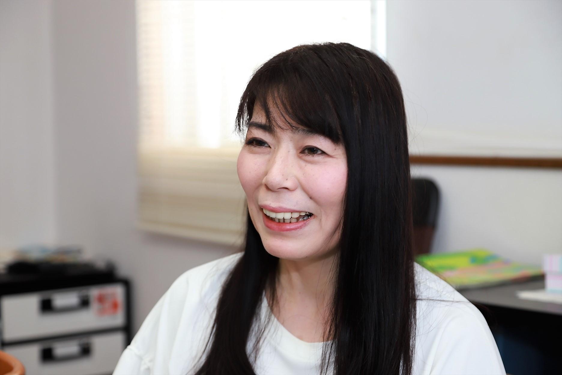 http://interviewer69.com/IMG_8402_R.JPG